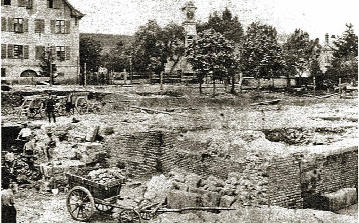 Fotografie  der 1892 begonnenen Abriss...angelischen Kirche in Badenweiler.        Foto: Uni Freiburg