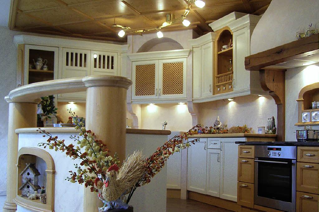 20 jahre schreinerei und m belhaus in riedern hlingen birkendorf badische zeitung. Black Bedroom Furniture Sets. Home Design Ideas
