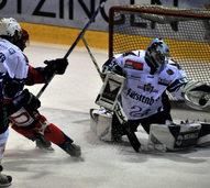Vozar führt Freiburg zum Sieg