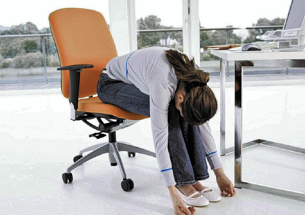 Entspannungsübungen im büro können daz n arbeitsstress besser zu