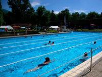Waldkirch behält seine Schwimmbäder