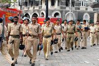 Polizei nimmt mutmaßliche Komplizen der Terroristen fest