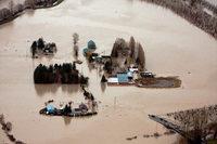 Mehr als 30.000 Menschen fliehen vor Überschwemmungen
