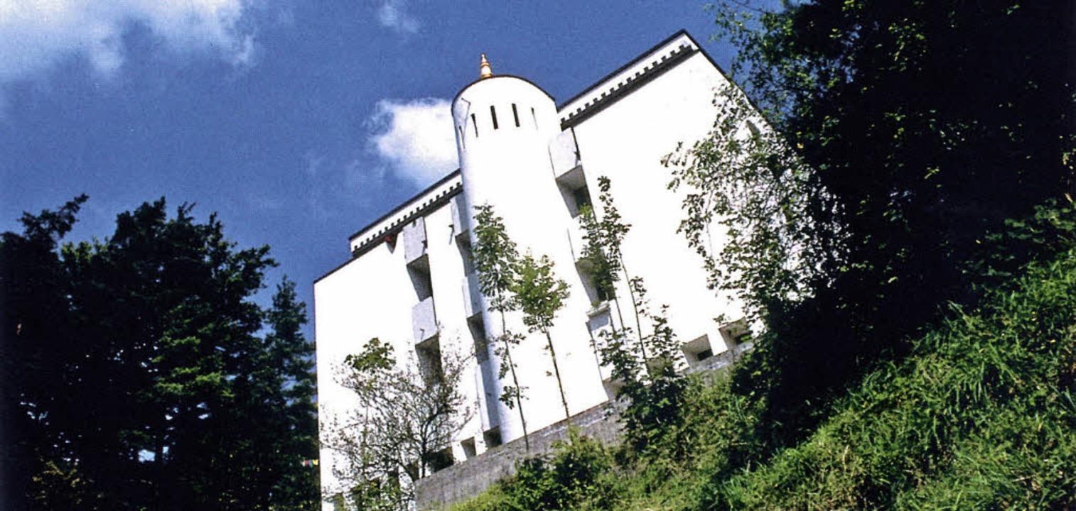 Buddhas Haus in der Schweiz: Das tibetische Kloster in Rikon     Foto: Tibet-Institut