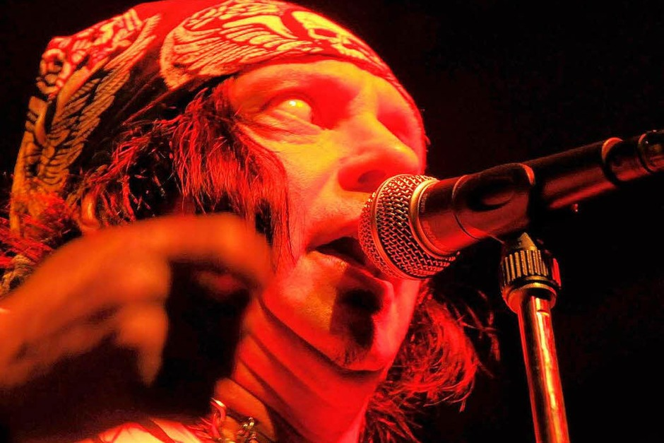 Die Nacht der Gitarren: Die Freiburger Rocknacht mit ESP, Skip Rock, Colors Of The Sun und Skydive Naked. (Foto: Benedict Glockner)