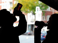 Alkoholgelage wird von der Polizei beendet