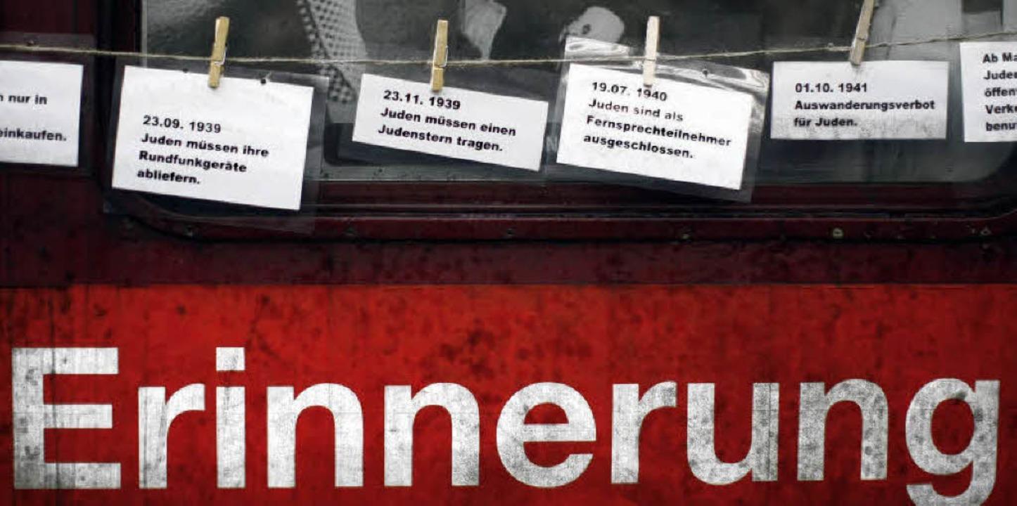 Der Zug der Erinnerung an  erinnert in...hen Todestransporte nach Auschwitz war  | Foto: ddp