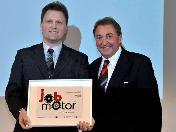 J�rg Prause (li.) von der Jedox AG und Sparkassenchef Horst Kary.