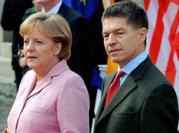 Auch Angela Merkel war in Begleitung vor Ort, und zwar mit ihrem Ehemann Joachim Sauer.