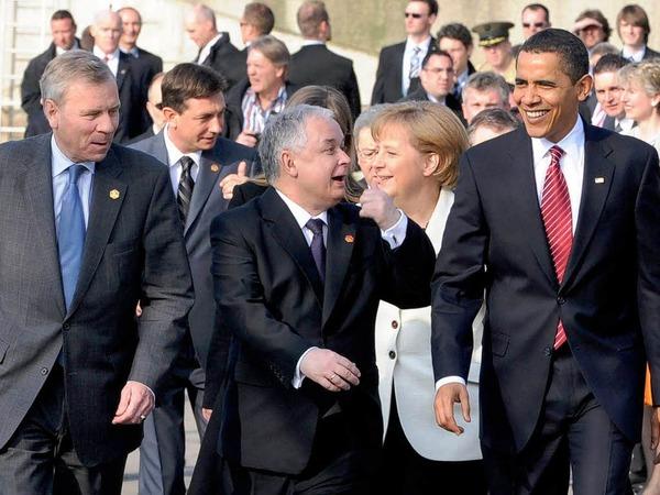 Sonnenschein am Himmel – Sonnenschein in den Gesichtern der Regierungschefs.