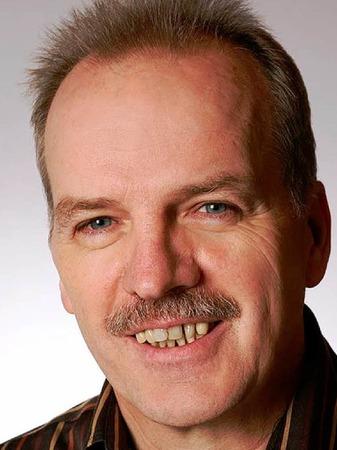 Rolf Knapp, 53, Papierveredler