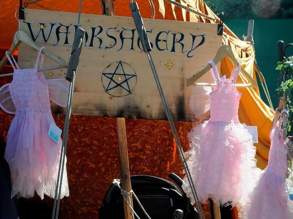 Mittelalter im Dreiländergarten: Heerlager, Märkte, Kostümierte und viele Zuschauer