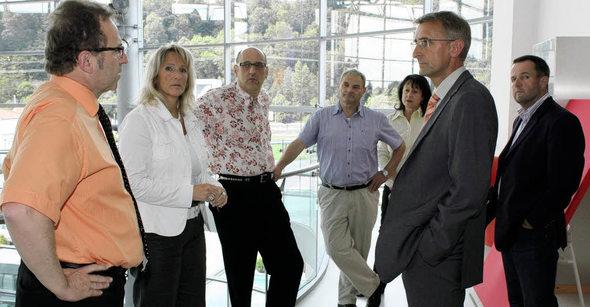 Maulburg bundestagskandidat schuster besucht einrichtungshaus schweigert badische - Mobel schweigert ...
