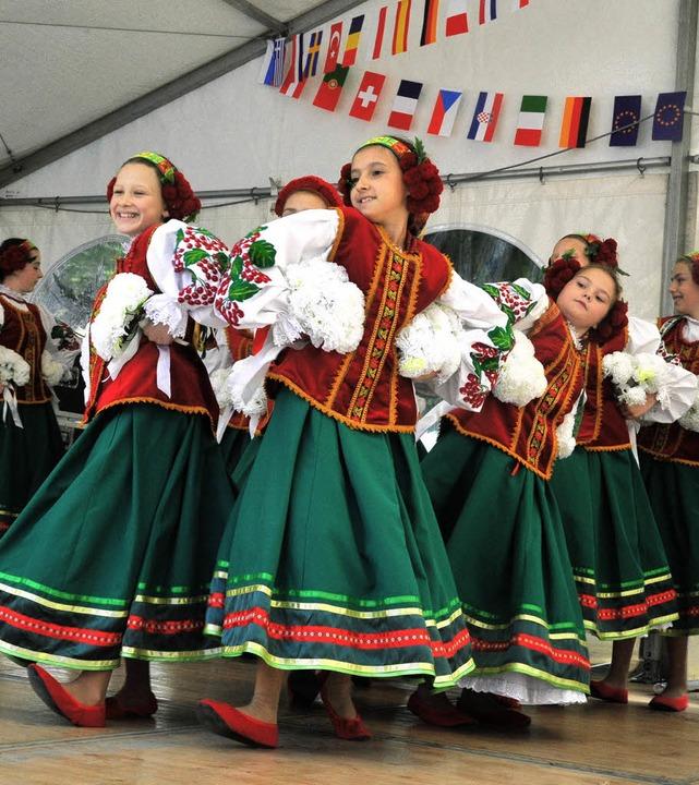 Junge Tänzerinnen aus der Partnerstadt Lviv.   | Foto: Michael Bamberger