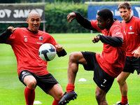 Fotos: Der SC Freiburg bestreitet Auftakttraining
