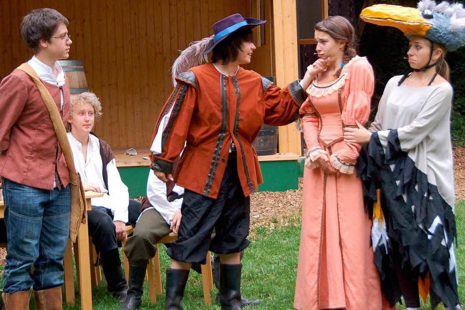 Nein, da ist Ding Ding not amused! Bill Bo kommt ihr eindeutig zu nahe. (Foto: Sylvia-Karina Jahn)