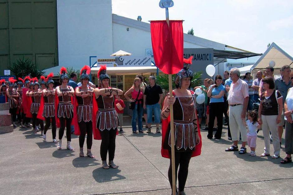 Die Gewerbeshow 2009 mit Flugplatzfest im Gewerbepark Breisgau (Foto: Ingeborg Grziwa)