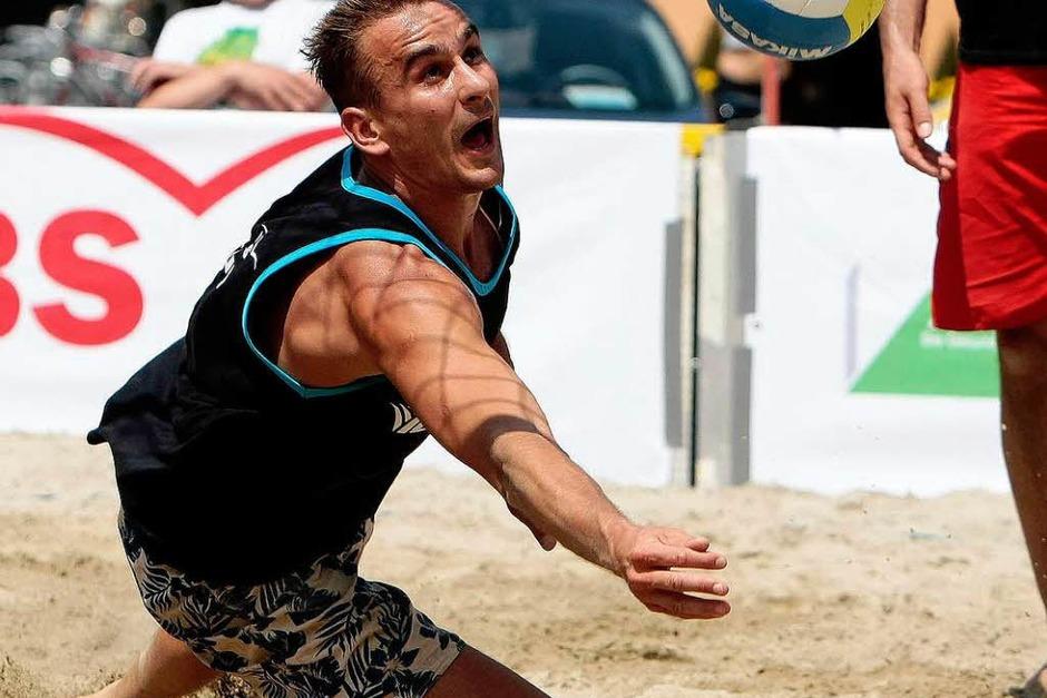 Impressionen vom Beach-Volleyball-Ereignis in Offenburg. (Foto: Faruk Ünver 2009)