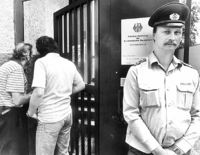 KALENDERBLATT '89: Gedränge am Tor zum Westen