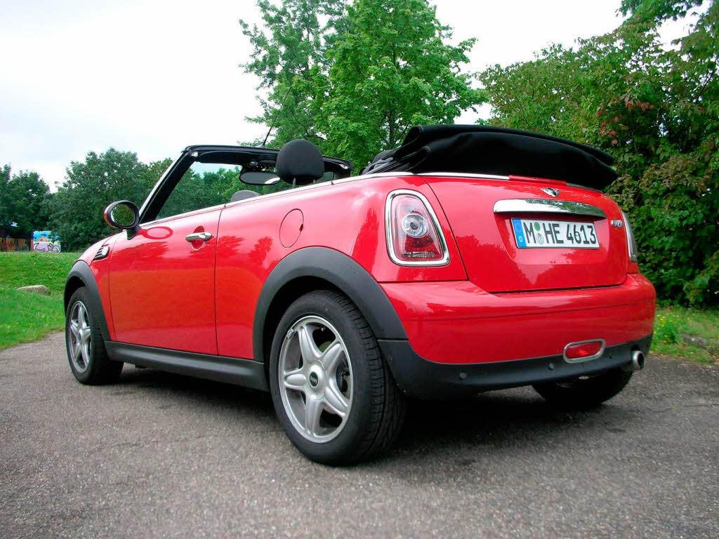 auto mobilit t bz fahrbericht mini cabrio cruisen mit gutem gewissen badische. Black Bedroom Furniture Sets. Home Design Ideas