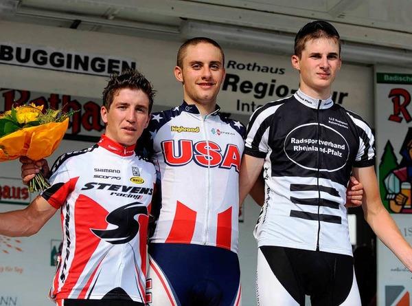 Die drei Erstplatzierten mit Tagessieger Jacob Rathe in der Mitte.