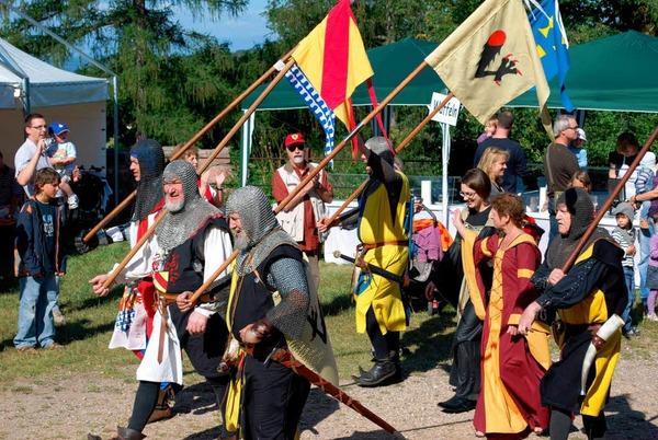 Hochburgfest: Zum Auftakt eine friedliche Eroberung.