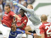 Ist Schalke 04 an Mo Idrissou interessiert?