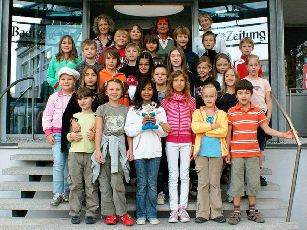 Die Klasse 4a der Clara-Grundwald-Schule mit Lehrerin Velter