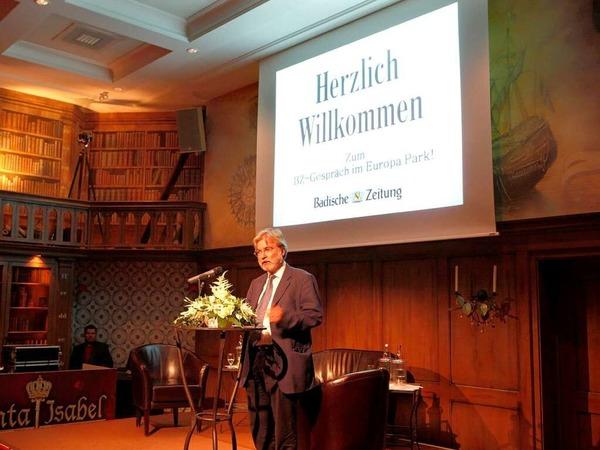 BZ-Chefredakteur Thomas Hauser bei der Begrüßung der Gäste