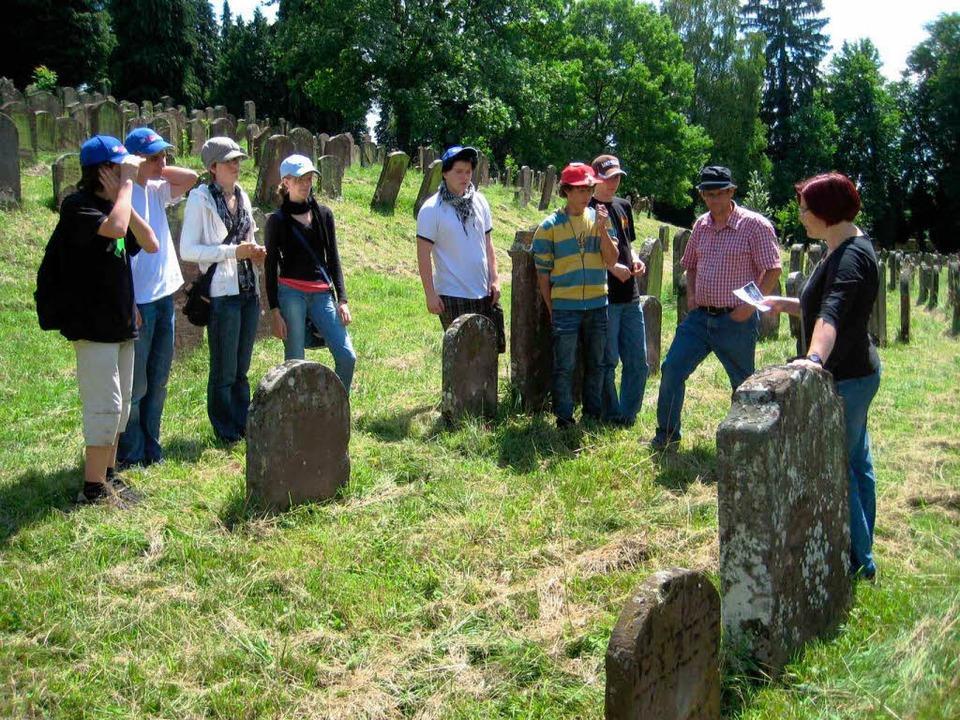 Die  Friesenheimer auf dem Jüdischen   Friedhof in Kippenheim    Foto: Privat