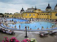 GRENZGÄNGER: Babel-Tour in Budapest