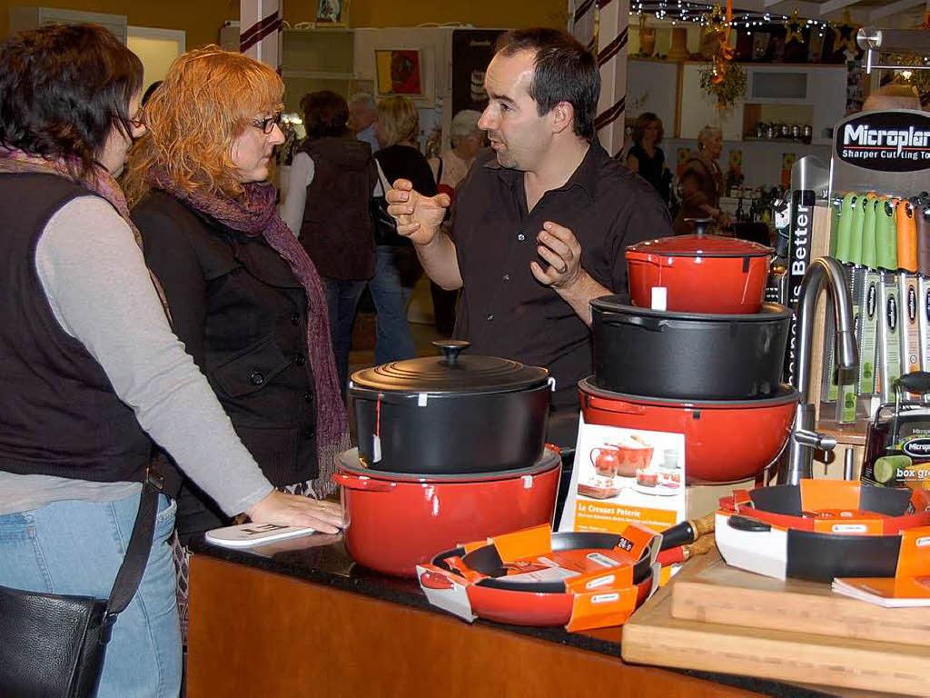 bahlinger wintermarkt lockt 2000 besucher bahlingen badische zeitung. Black Bedroom Furniture Sets. Home Design Ideas