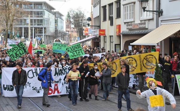 Bilder von der neuerlichen Studenten- und Bildungsdemo in Freiburg.