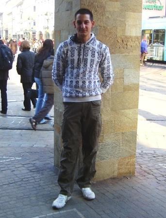 Claudio, 17