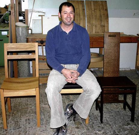sein herz schl gt f r st hle heitersheim badische zeitung. Black Bedroom Furniture Sets. Home Design Ideas