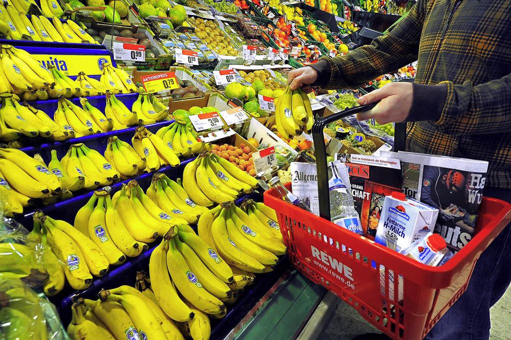Einkaufen bis Mitternacht: Handelskonzern testet Maxi-Öffnungszeiten - Freiburg - Badische Zeitung