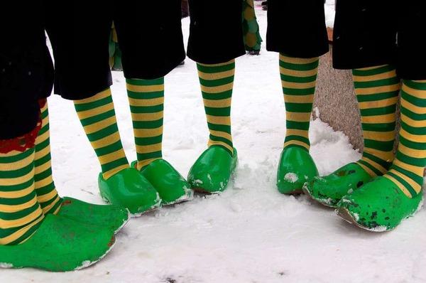 Warme Füße hatten viele Narren beim Umzug Gundelfingen nur selten.