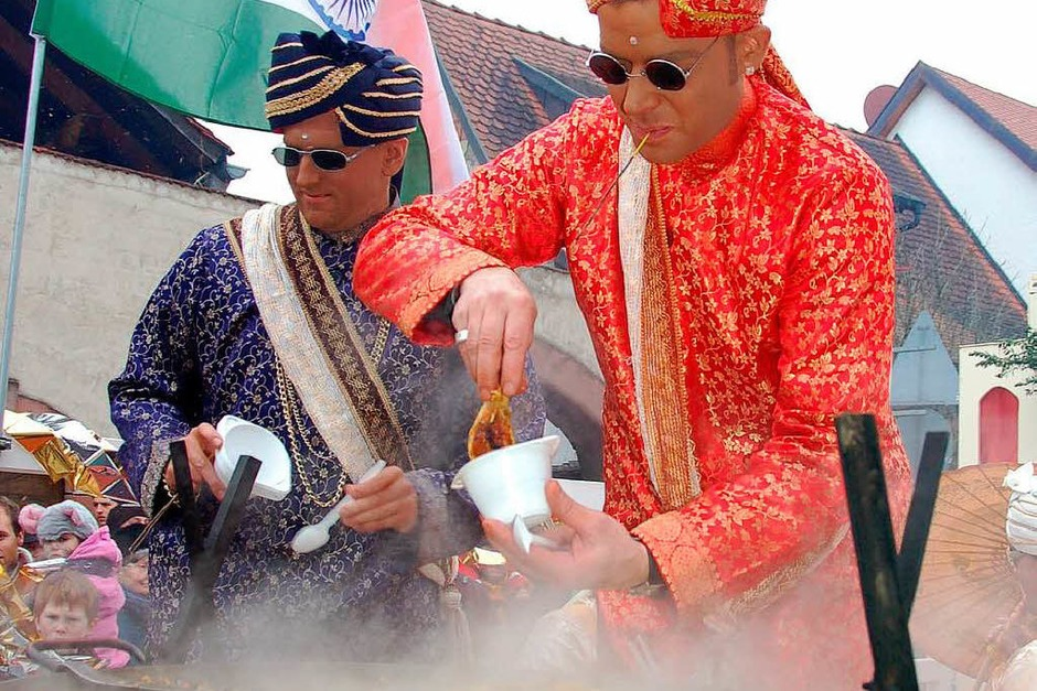 Heiße Leckereien aus Bollywood (Foto: Sebastian Ehret)