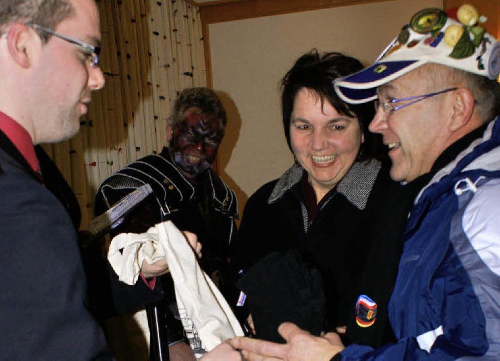 Herzlicher Empfang:  Bürgermeister  Kr...Angelika Eckert (früher im Kulturamt)   | Foto: werner probst