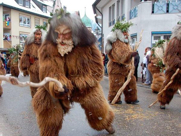 Sonntagsumzug in Waldkirch: Wilde M�nner