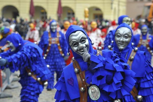 Blaue Narre