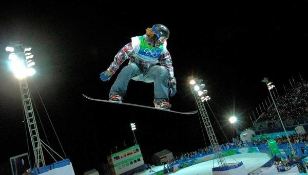 Er ist in der Pipe nicht zu schlagen: Shaun White  holt auf dem Snowboard Gold.