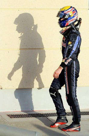Motorsport mitten in der Wüste: Das erste Formel 1 Rennen der Saison 2010 in Bahrain.