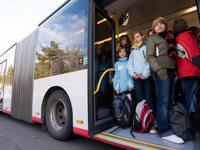 Gurtpflicht: Reisebus ja – Linienbus nein