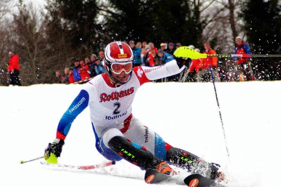 Bei milden Temperaturen fahren die deutschen Ski-Asse ihre Meister aus. (Foto: Gerhard Herzog)