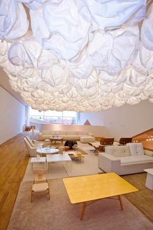 """""""Belux Mamacloud Suspension Light"""" von Frank Gehry, der auch das Geb�ude des Vitra Design Museums entworfen hat."""