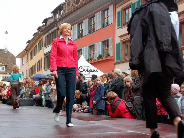 Die Modemeile in Staufen wartete mit den Trends der Saison auf.