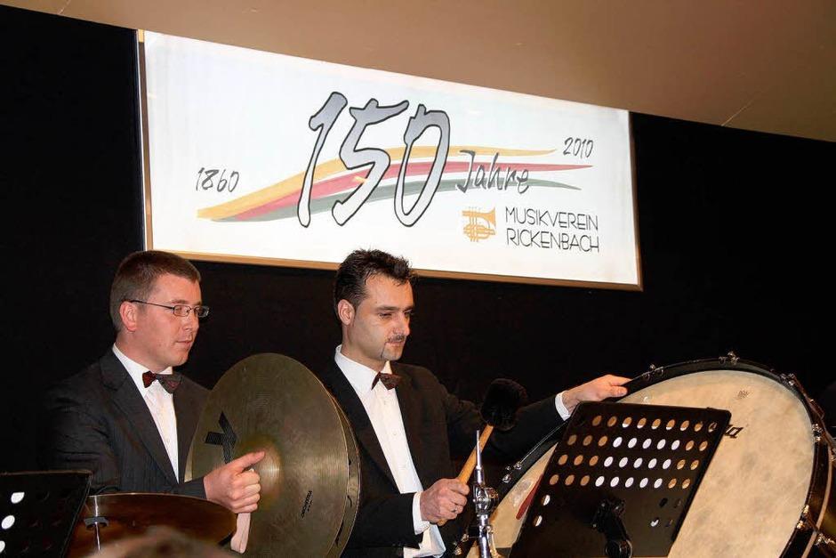 Feierlich und fröhlich ging es beim Jubiläumsfestakt des MV 1860 Rickenbach zu. (Foto: Katja Mielcarek)