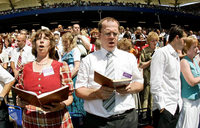 Zeugen Jehovas: Mappus ist misstrauisch