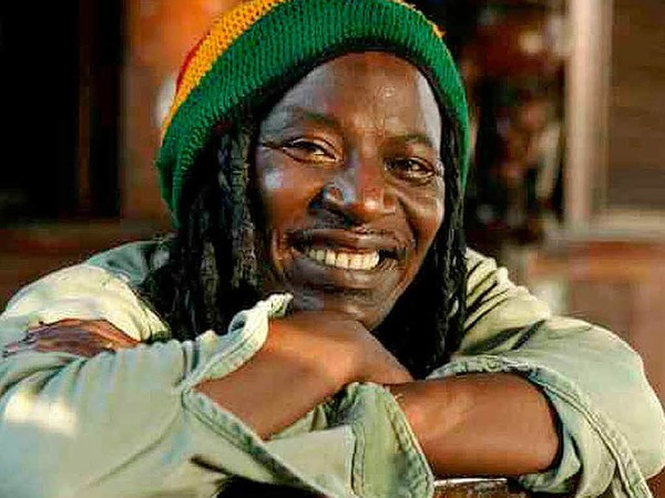 Alpha Blondy spielt auf dem African-Music-Festival (5. bis 8. August) in Emmendingen. Mehr Infos unter: www.festival.afrikaba.com